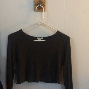 Tillys Cropped long sleeve / Large